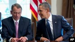 Ketua DPR AS John Boehner (kiri) dan Presiden AS Barack Obama belum menemukan titik temu untuk mengakhiri kebuntuan anggaran pemerintah federal (foto: dok).