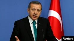 11월 13일 레제프 타이이프 에르도안 터키 총리가 앙카라에서 기자회견을 열고 있다.(자료 사진)