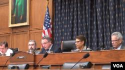 Các dân biểu Hạ viện Hoa Kỳ điều trần về nhân quyền Việt Nam, ngày 25/5/2017.