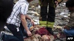 Một nạn nhân của vụ nổ tại trung tâm Oslo của Na Uy hôm qua, ngày 22 tháng 7, 2011