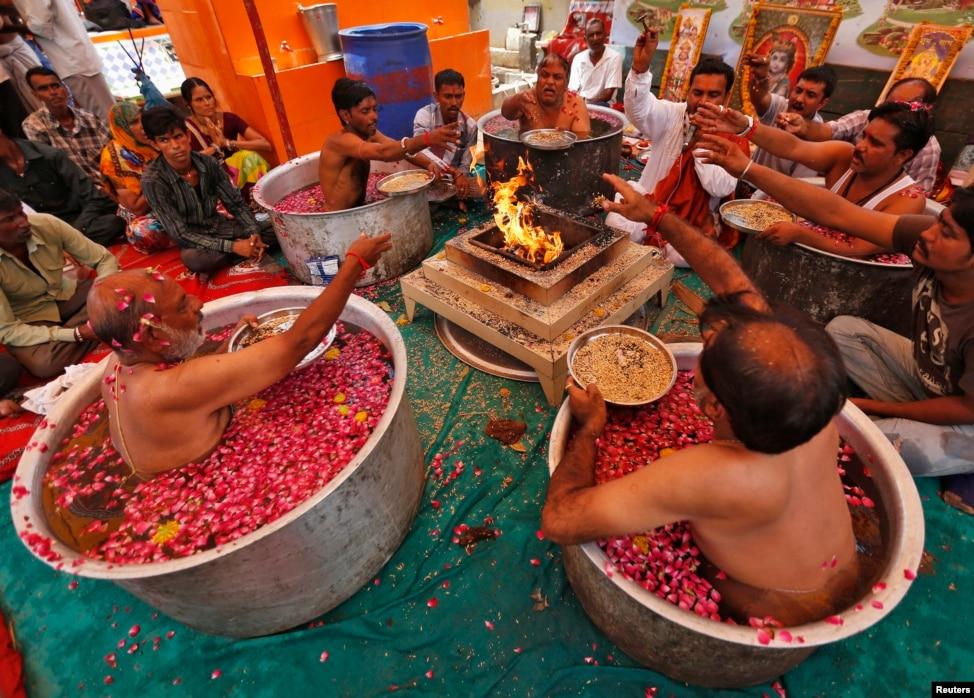 hindu singles in san ardo Viper asian single men powersite bbw personals sundbyberg bbw dating site   rawlings hindu single women san cristobal de las casas muslim dating site.