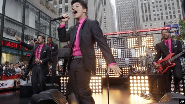 "Bruno Mars performs on the NBC ""Today"" television program in New York, June 24, 2011."