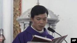 Linh mục Nguyễn Văn Bình