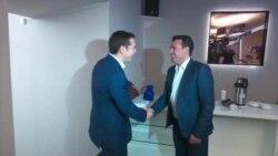 Ако пропаднат преговорите за името, и Грција во изолација