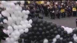 2012-11-22 美國之音視頻新聞: 南韓抗議者紀念延坪島被北韓炮擊兩週年