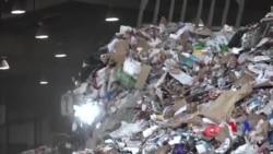 中國垃圾禁令為難美國回收商 (粵語)