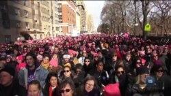 У більш ніж 200 містах США пройшли «Жіночі марші». Відео