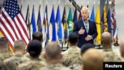 美國國防部長哈格爾6月1日在訪問阿富汗時對美國軍人發表講話