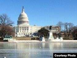 Gedung Capitol Hill di Washington, D.C. (VOA/Diaa Bekheet)