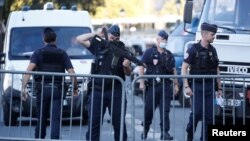 پیرس میں مقدمے کی سماعت کے موقع پر سیکیورٹی کے سخت انتظامات کیے گئے تھے۔ 8 ستمبر 2021