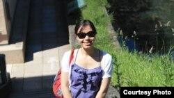 """Chị Trần Thị Hiên - cựu du học sinh tại Pháp - tác giả của cuốn """"Vì cuộc đời là những chuyến đi."""""""