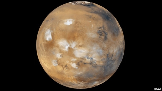 On their planned flyby of Mars in 2018, two American astronauts will pass just 150 kilometers above the Red Planet before heading home. With Mars due to be at its closest approach to Earth that year, the entire journey will take just 501 days.