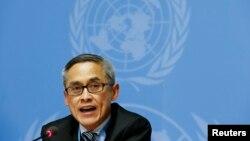 Vitit Muntarbhorn, prochain expert des LGBT à l'ONU, ici en réunion à Genève, en Suisse, le 23 juin 2015.