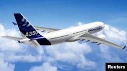 El Aribus 350 realizó su vuelo inaugural entre Londres y Toulouse, dando pie al inicio de la competencia con el Boeing 787 Dreamliner.