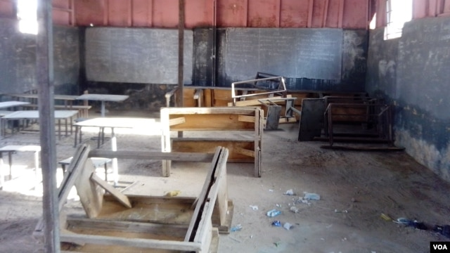An examination hall at one of several colleges closed in Kano for lacking sufficient resources. (VOA/ I.Ahmed)