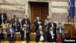Thủ tướng Hy Lạp Alexis Tsipras trong phiên họp quốc hội ở Athens, Hy Lạp, ngày 28/6/2015.
