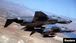 Истребители F-4 ВСС Турции