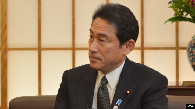 27일 일본 도쿄에서 VOA와 단독 인터뷰에 기시다 일본 외무상.