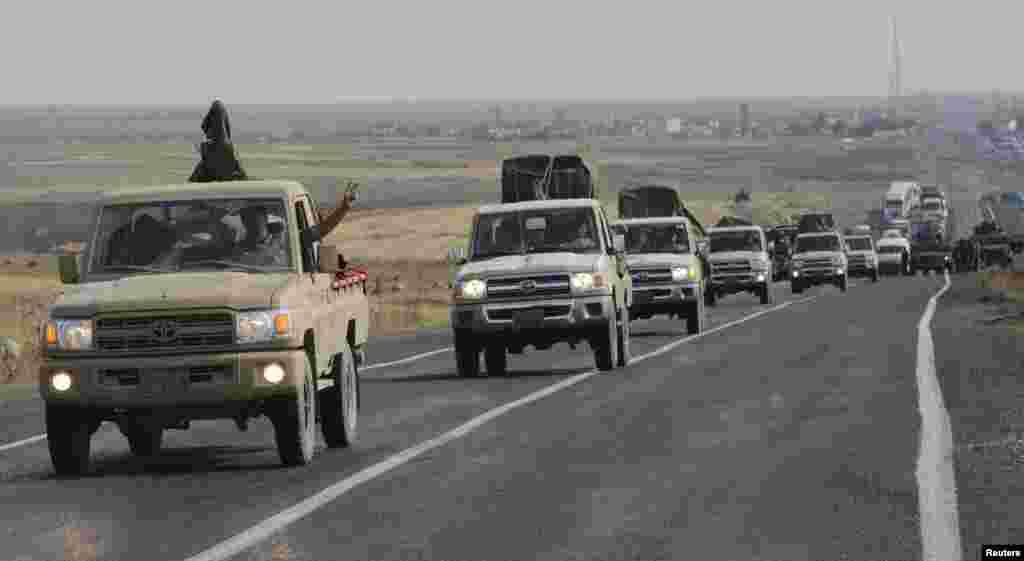 شامی شہر کوبانی کا دولت ِ اسلامیہ کے شدت پسندوں نے محاصرہ کر رکھا ہے اور وہ شہر پر قبضے کے لیے کئی ہفتوں سے کوشاں ہیں۔