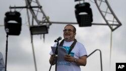 """""""Timochenko"""" dio apertura a la Conferencia en la que debatirán el acuerdo de paz rubricado con el Gobierno el pasado 24 de agosto en La Habana, y que será la última de las FARC como guerrilla."""