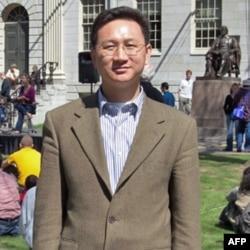 曾任台灣陸委會副主委的伯克利加州大學訪問學者童振源