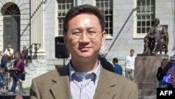 台湾国立政治大学国家发展研究所教授童振源