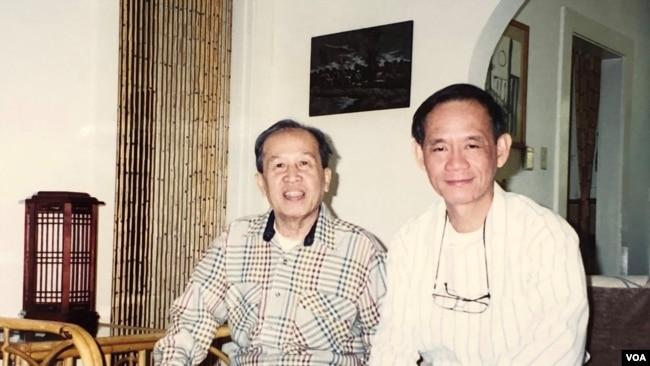Phan Nhật Nam tại nhà Võ Phiến Los Angeles tháng 11.1995 [tư liệu Viễn Phố]