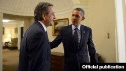 Грција може да игра важна стабилизирачка и партнерска улога во Медитеранот и на Балканот, кажа американскиот претседател Барак Обама по средбата со грчкиот премиер Андонис Самарас во Белата куќа