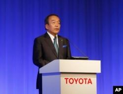 Toyota Motor Corp. Chairman Takeshi Uchiyamada speaks during the 2015 Toyota Environmental Forum in Tokyo, Oct. 14, 2015.