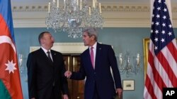 Secretary of State John Kerry talks and Azerbaijani President Ilham Aliyev