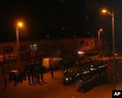 呼和浩特街头集结的部队