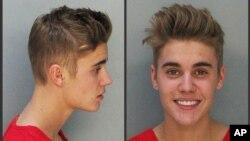 Foto Justin Bieber saat ditangkap oleh polisi di Miami, Florida (23/1).