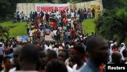 Une manifestation de l'opposition à Abidjan, Côte d'Ivoire, 28 octobre 2016.