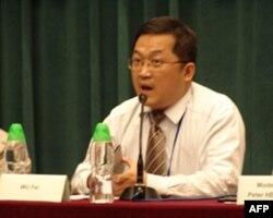 中国暨南大学新闻系副教授吴飞