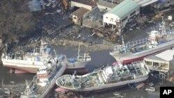 日本大地震過後滿目瘡痍。