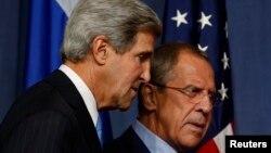 Sakataren Harkokin Wajen Amurka John Kerry da Takwaransa na Rasha Sergei Lavrov a lokacin da suka ganawa dangane da rigingimun Syria.