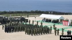 星期一日本慶祝開始啟用位於與那國島上的一座新建雷達站儀式。