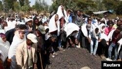 'Yan kabilar Oromo suna juyayin wadanda dakarun gwamnatin Ethiopia suka kashe akan mallakar filayen kakanin kakaninsu