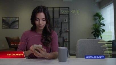 Cách cầm điện thoại của bạn có thể giúp 'lật tẩy' kẻ lừa đảo