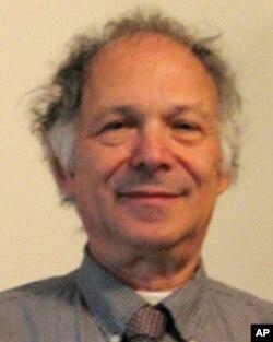 南加州大學駱思典教授