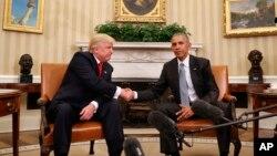 川普打败希拉里入主白宫