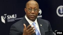 美国贸易代表科克2012年4月26日在新加坡的新加坡管理大学就美国亚洲太平洋政策发表谈话