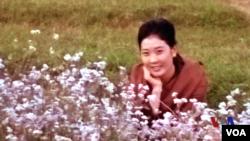 藏族女子逃出中国讲述高僧之死