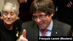 En la imagen, Carles Puigdemont sigue el escrutinio desde Bruselas el 21 de diciembre de 2017.