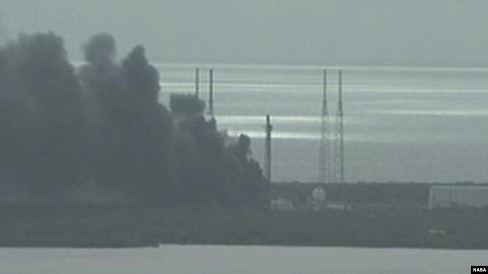 Shpërthime në platformën e SpaceX