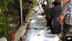 21일 시리아 다마스쿠에서 화학무기 공격으로 사망한 것으로 추정되는 사망자들이 시신이 놓여있다. 시민기자 사진제공.
