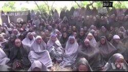 Arrivée à Abuja des 82 lycéennes de Chibok libérées (vidéo)