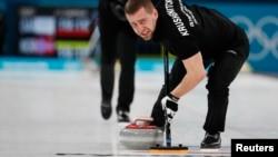 El doble medalllista olímpico de bronce Alexander Krushlnitsky, de Rusia, ha sido suspendido de los Juegos de Invierno en Pyeongchang por romper las reglas de dopaje.