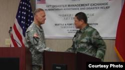 美中兩軍2015年11月在華盛頓州舉行人道救援交流 (美國陸軍照片)