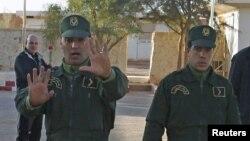 Les forces de sécurité algériennes à Amenas, Algérie, 19 janvier 2013.